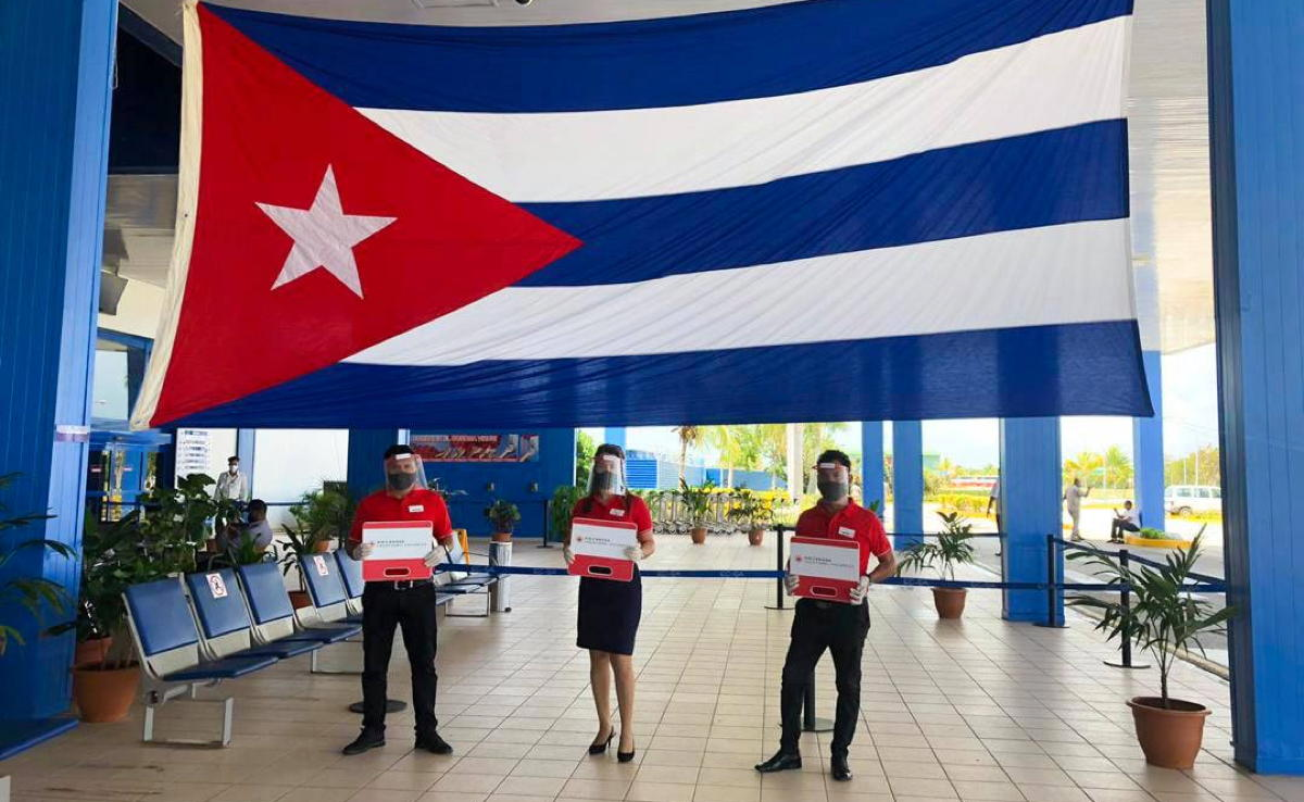 Passengers arrived at Cayo Coco airport mid-day, representing a major milestone for Cuba. (ACV)