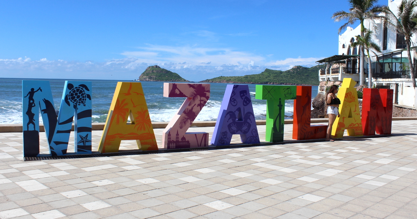 Where photo-ops begin: the Mazatlán sign located at the start of its popular malecon (boardwalk).