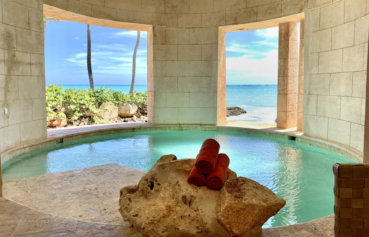 One of three plunge pools inside the Island Suite. (Pax Global Media)