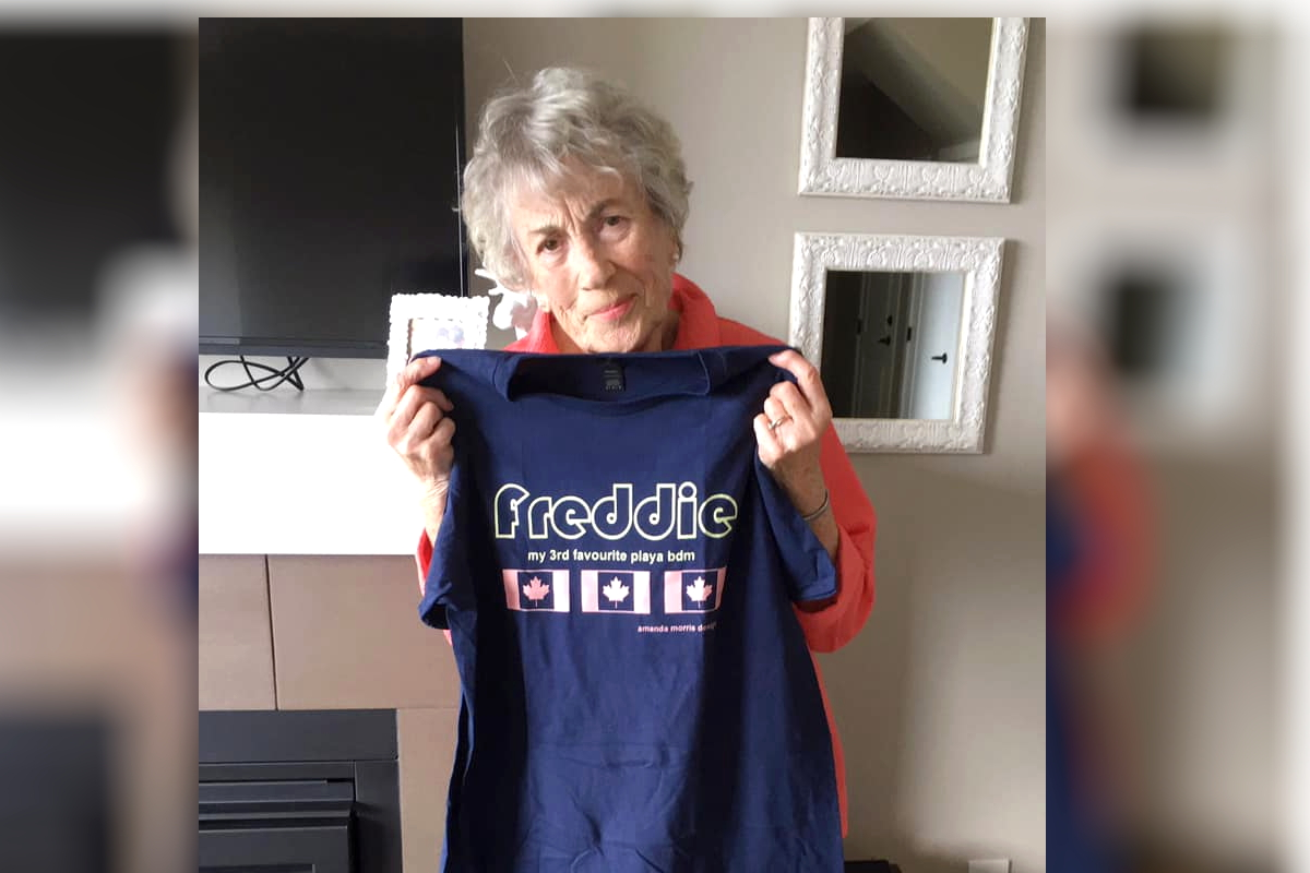 THIS MEANS WAR. Morris mailing a t-shirt to Marsh's dear mother in Kamloops, BC, was the the straw that broke the camel's back.