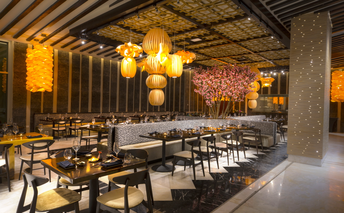 STYLE AND TASTE. Inside Jade restaurant, which serves contemporary Asian cuisine at The Grand at Moon Palace in Cancun. Photo: Palace Resorts