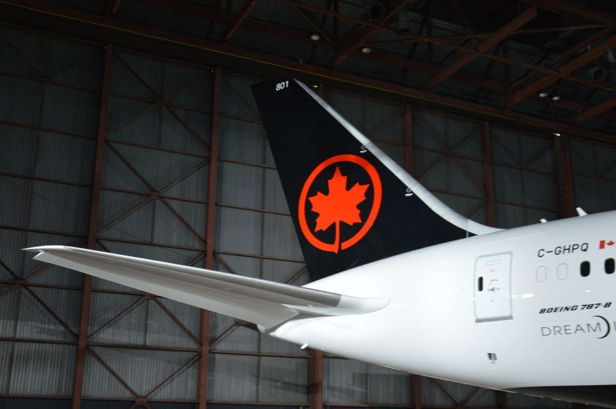 Air Canada's Q3 net cash burn slowed to $9-million per day on average (compared to about $19-million per day in Q2).