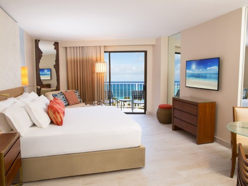 Atlantis, Paradise Island undergoing transformation