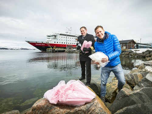 Hurtigruten announces single-use plastics ban by this summer