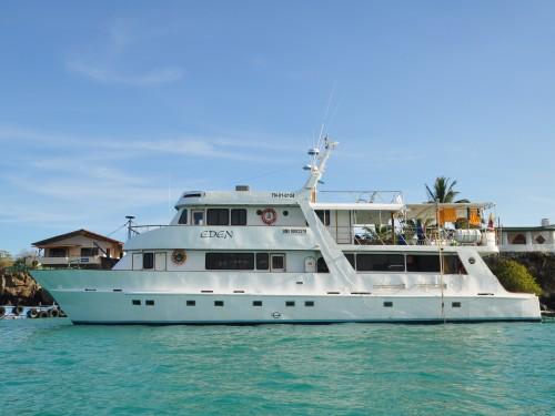 G Adventures adds a 5th yacht; cuts single-use plastics