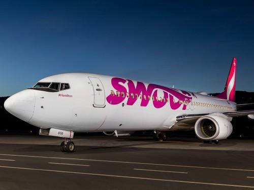 Swoop's U.S. flights grounded, cites pending approvals