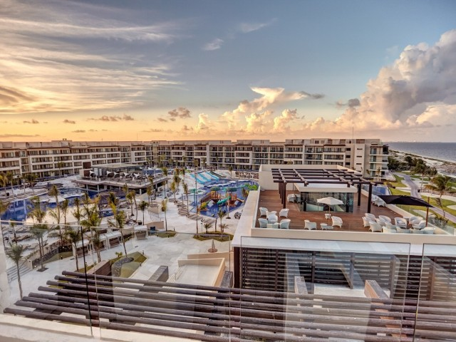 Sunwing giving 4X STAR points on select Royalton Luxury Resorts