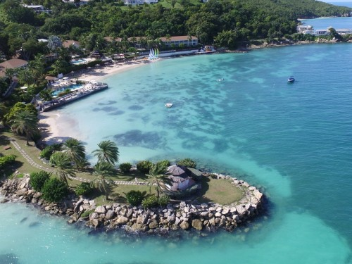 Sell a lot of Antigua & Barbuda? You may be eligible for a free trip.