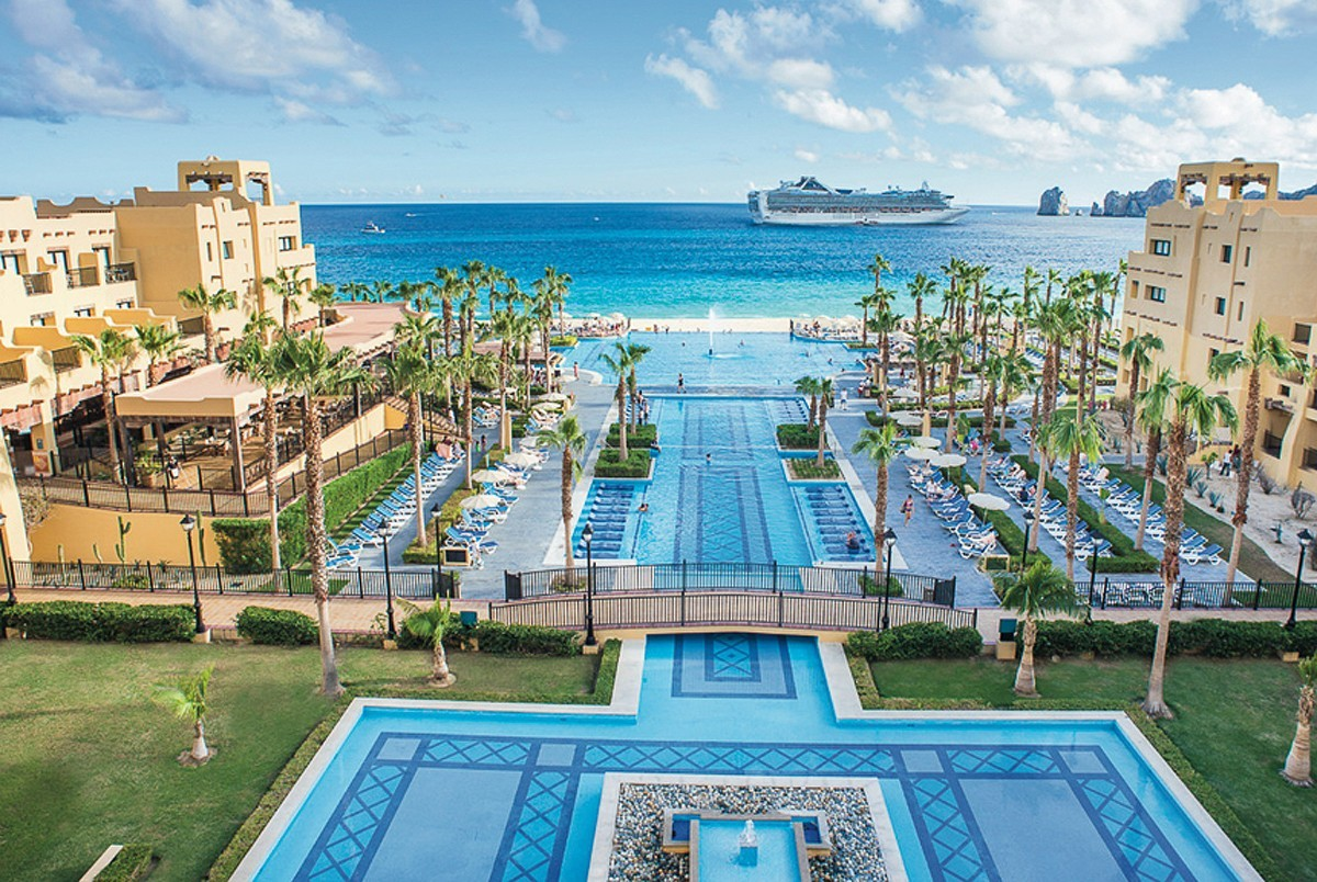 Sunwing & RIU's latest agent promotion is on now