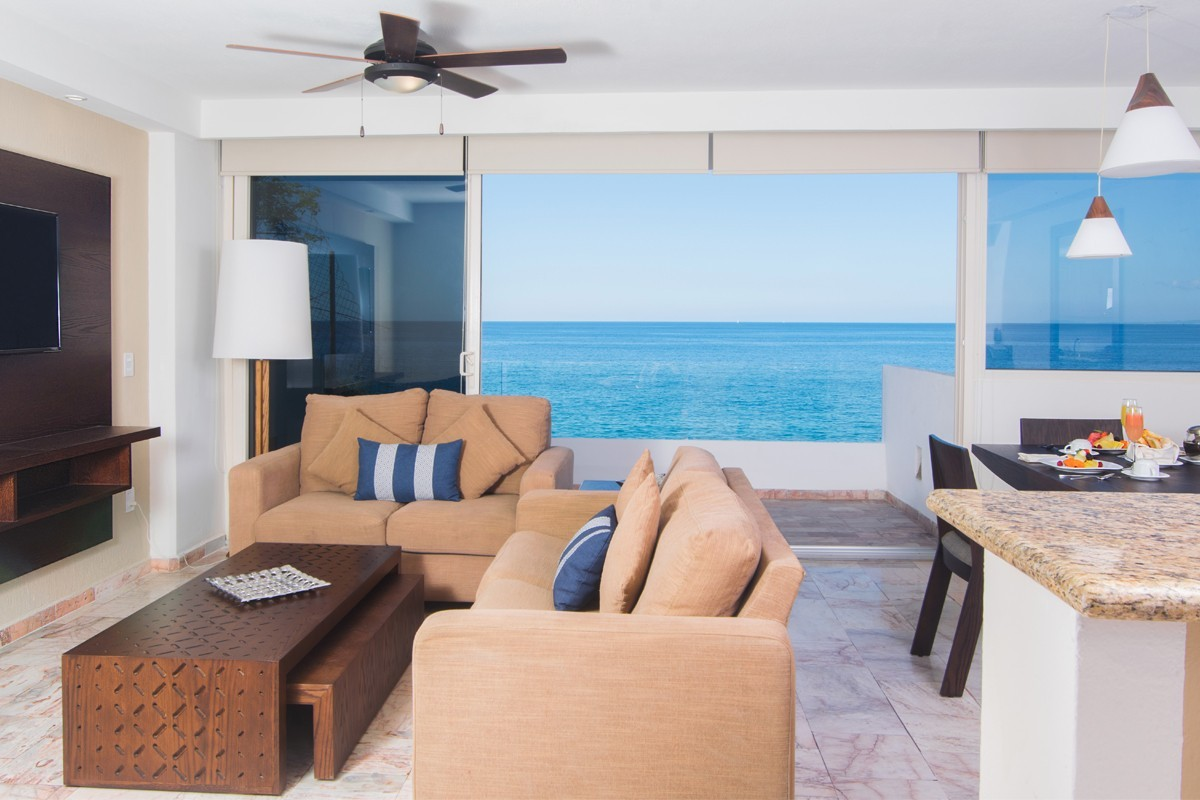 PHOTOS: Transat adds Costa Sur Resort & Spa to Mexico portfolio