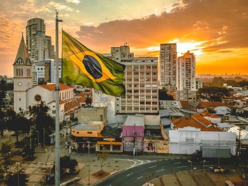 Brazil lifts visa requirements for Canadians