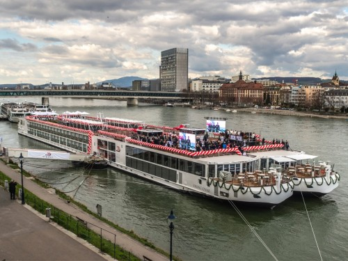 Viking adds 7 river ships to European fleet