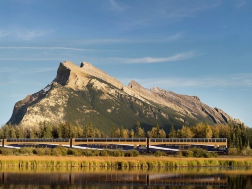 Rocky Mountaineer stops agents in their tracks with $500 offer