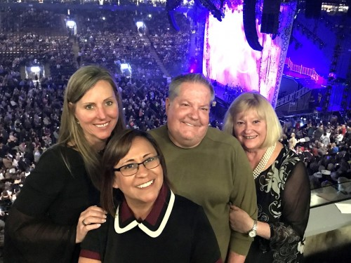 Travel pros turn back time with Experience Kissimmee at Cher concert
