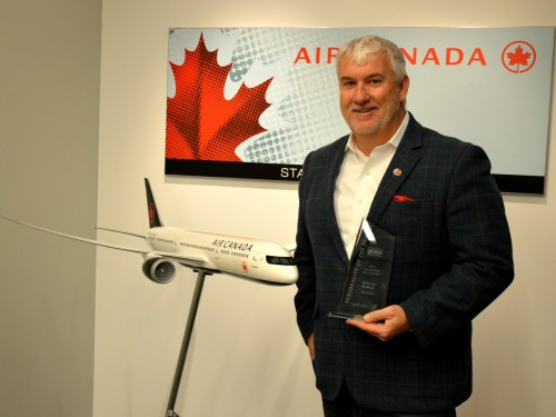 Duncan Bureau departs Air Canada Rouge