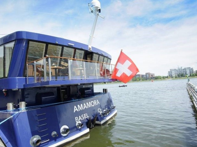 AmaWaterways launches third ship, AmaMora