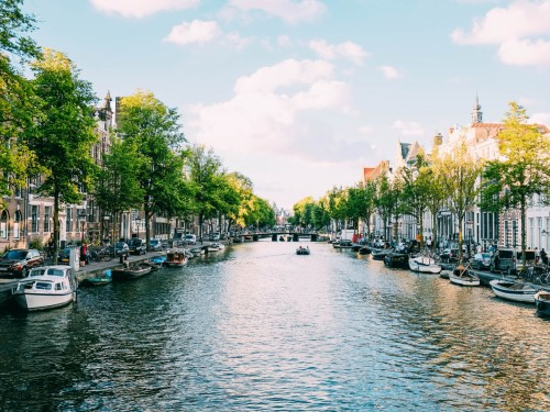 Canada & Netherlands launch paperless travel pilot project