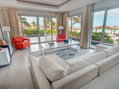 Get the royal treatment at Royalton White Sands