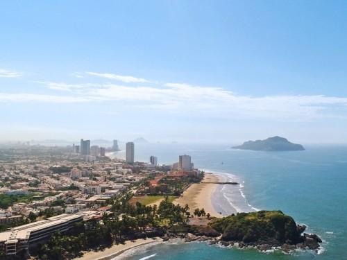 Sunwing launches weekly flights from Ottawa to Mazatlán