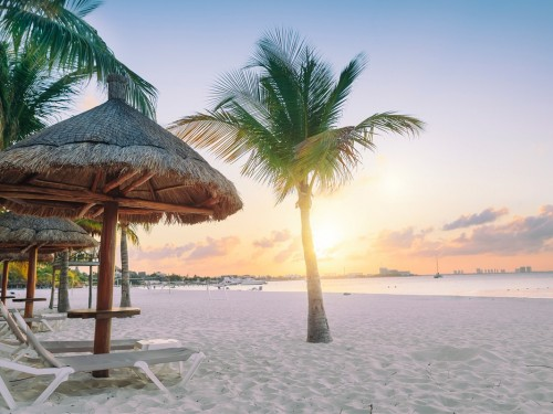 Swoop now selling packaged vacations through Expedia Group
