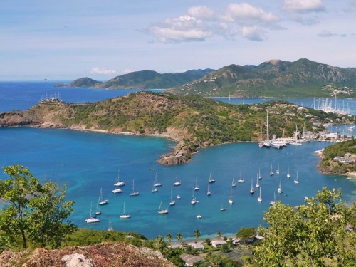How to see the best of Antigua & Barbuda