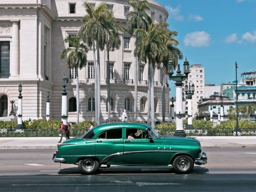 Cuba welcomes 1M Canadians for the second year in a row