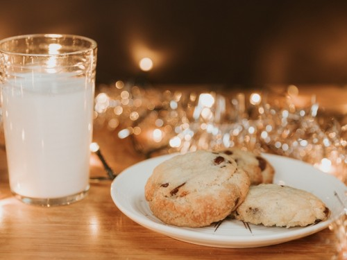 Ho ho no: Everything you need to know about travelling with cannabis edibles this holiday season