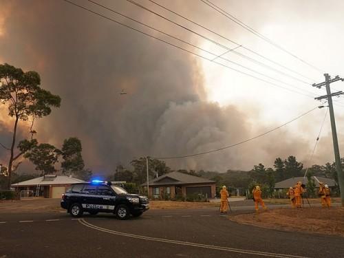 Despite fires, Australia remains a safe place to visit, tour operators say