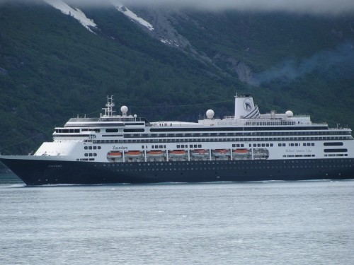 HAL: Zaandam & Rotterdam sailing to Florida; all cruises paused through May 14
