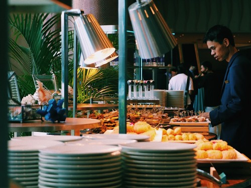 Experts say eliminating buffets might be the future for Caribbean hotels, post-COVID-19