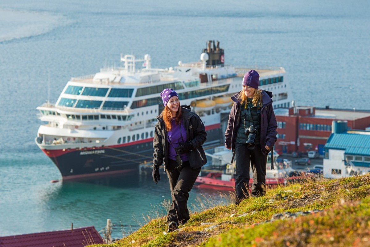 Hurtigruten extends temporary suspension through June; adds flexible rebooking policy