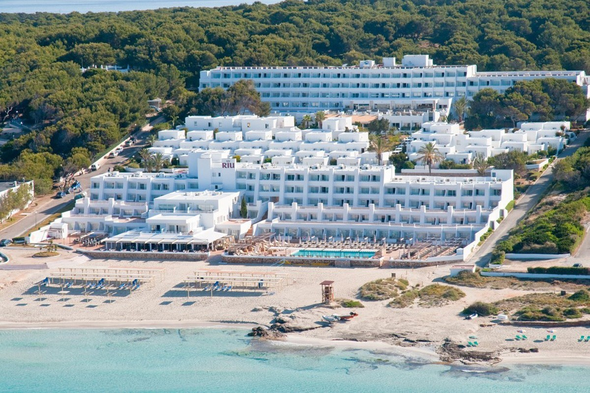Riu will reopen all of its Spanish hotels by July