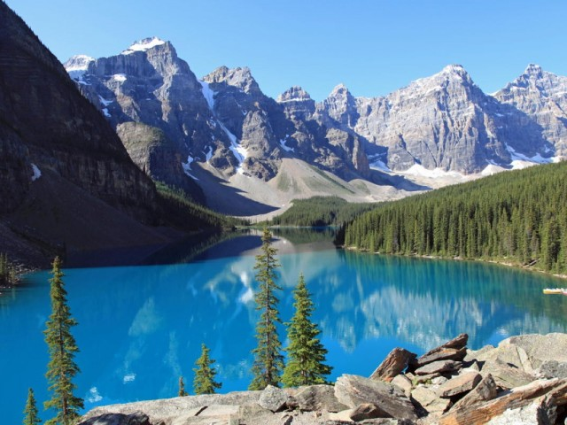 Globus invites travellers to escape to the Canadian Rockies