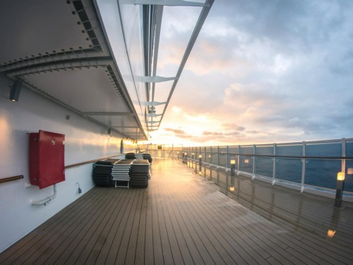 """Cruises can begin phased return starting Nov. 1, but it's """"conditional,"""" says CDC"""