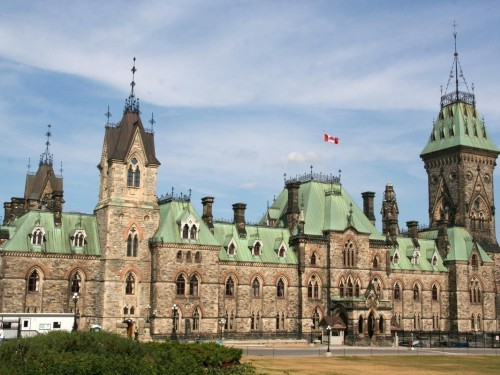 Ottawa extends 14-day quarantine, travel restrictions to Jan. 21, 2021