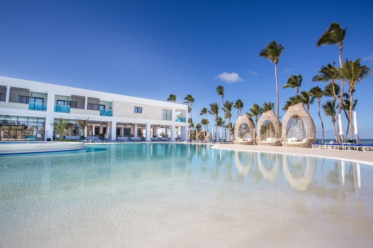 Agents earn 15% commission on spring Serenade Punta Cana reservations