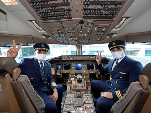 Emirates operates first flight serviced by fully vaccinated team
