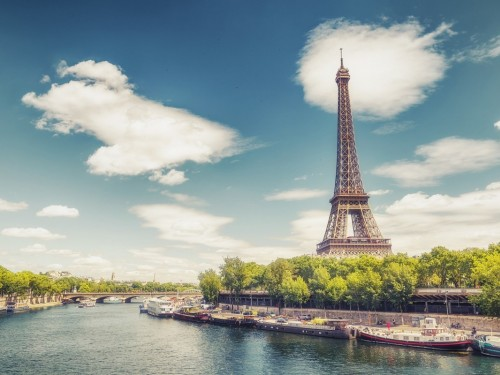 """France is planning to ease restrictions for vaccinated travellers with """"special pass"""""""
