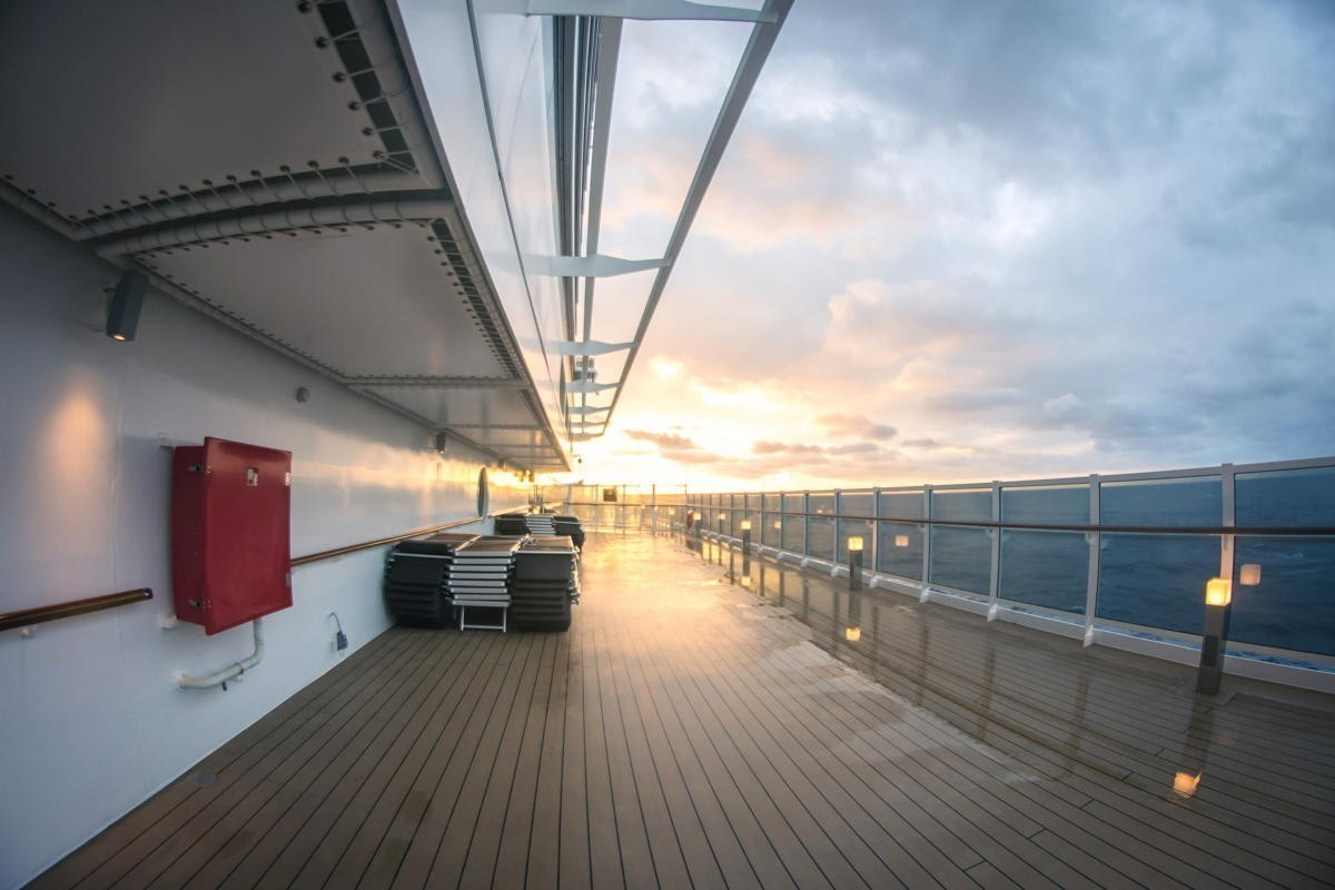 U.S. cruises can start simulated voyages with volunteers under new CDC guidance