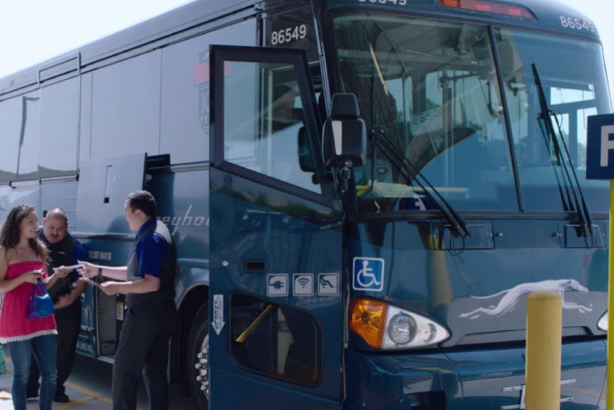 Greyhound Canada cuts all routes, ends operations