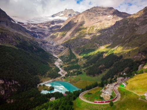 Switzerland is welcoming fully vaccinated Canadians as of June 26
