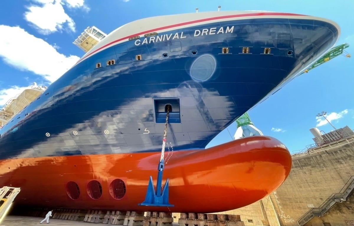 Carnival Dream Adorned with New Hull Design