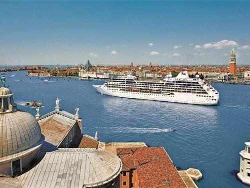 CLIA applauds Italian gov't's decision on cruises in Venice
