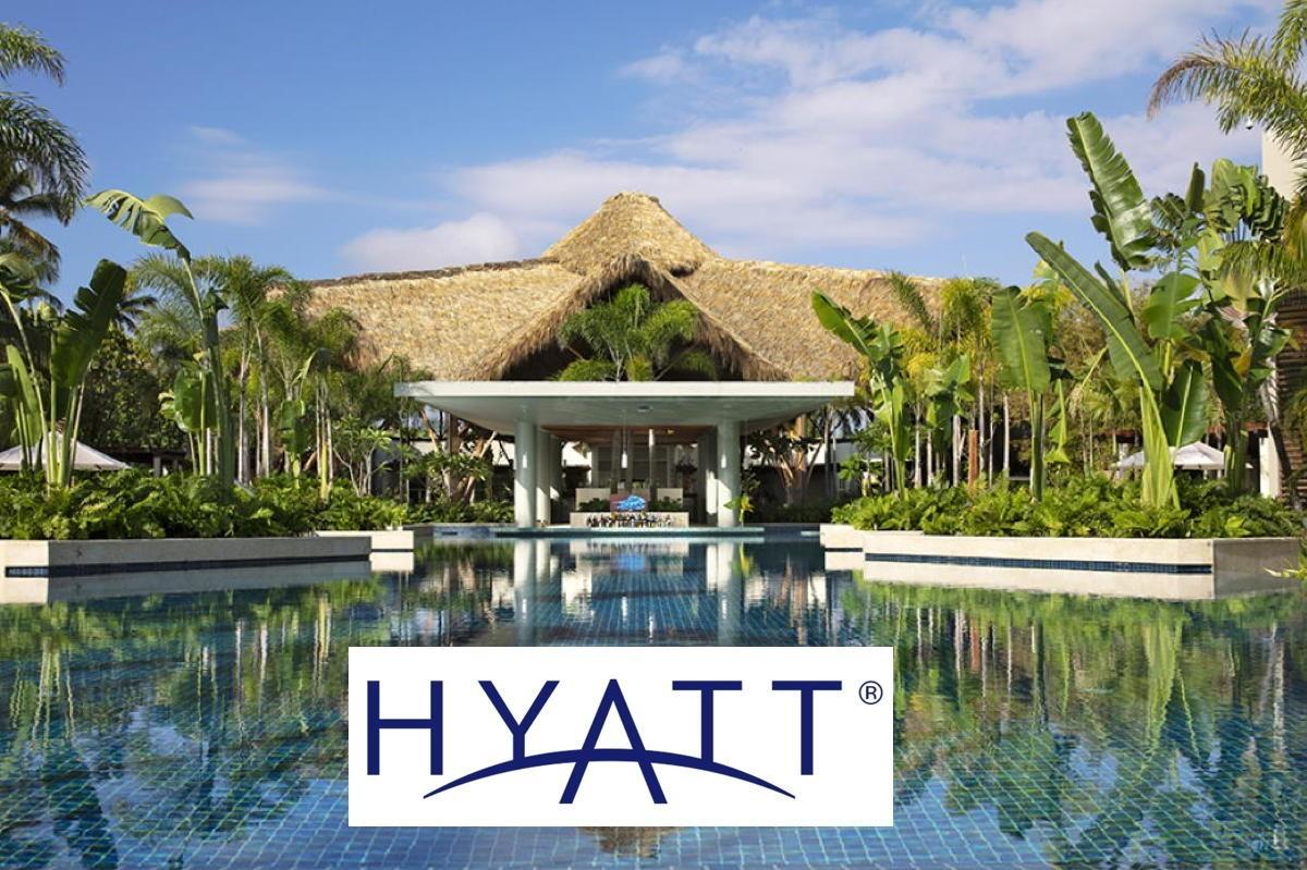 Hyatt to buy Apple Leisure Group for $2.7 billion