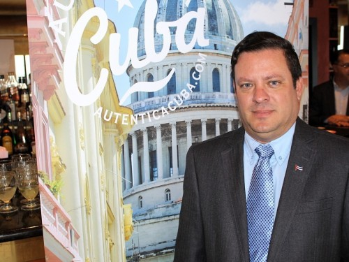 Lessner Gomez temporarily takes the reins of Cuba tourism's Montreal office