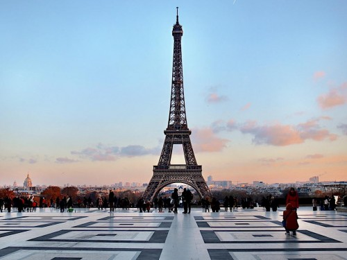 WestJet reinstates non-stop Calgary-Paris flights