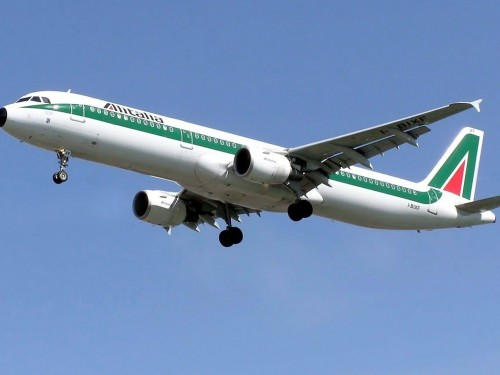 Alitalia cancels all flights after Oct. 15, new airline will take over