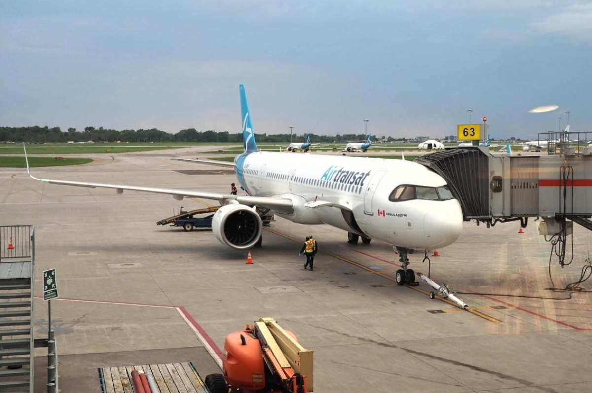 Air Transat resumes flights to Manchester earlier than planned