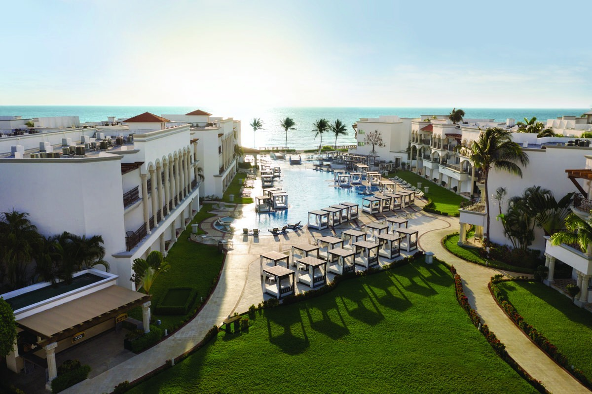 VIDEOTORIAL: An all-new, all-inclusive for adults in Playa del Carmen