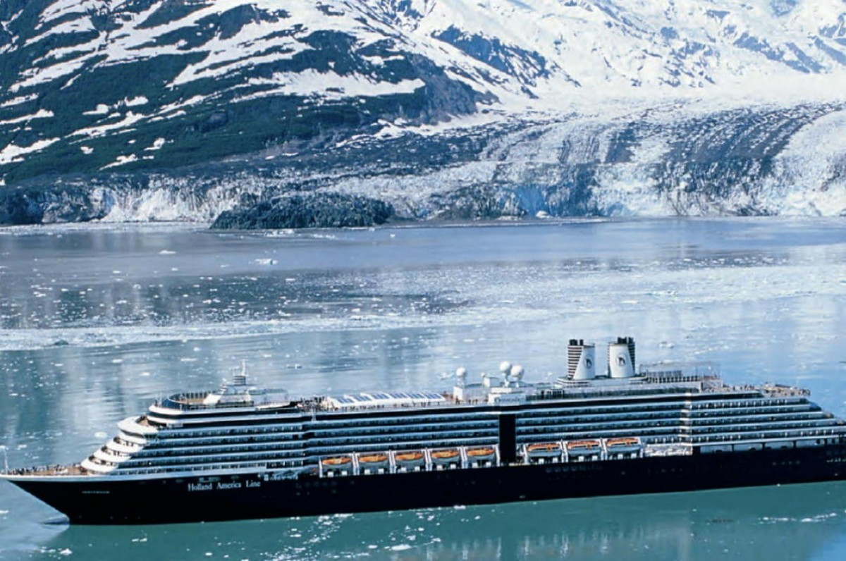 """Permanent B.C. bypass option for ships would be """"devastating""""; Zoëtry heading to Curacao; Regent Seven Seas back in business"""